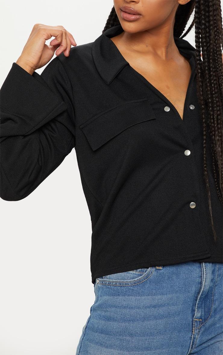 Chemise noire oversized à détail poches 5