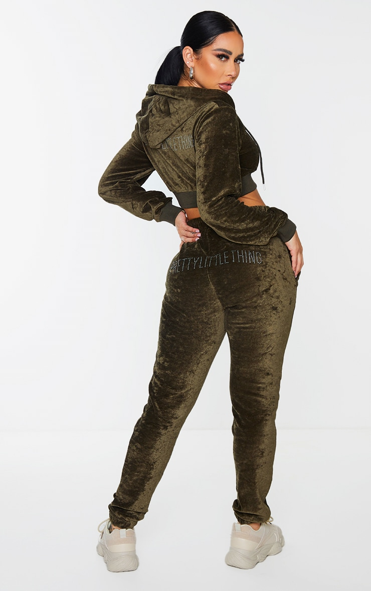 PRETTYLITTLETHING Shape Khaki Velour Skinny Joggers 1