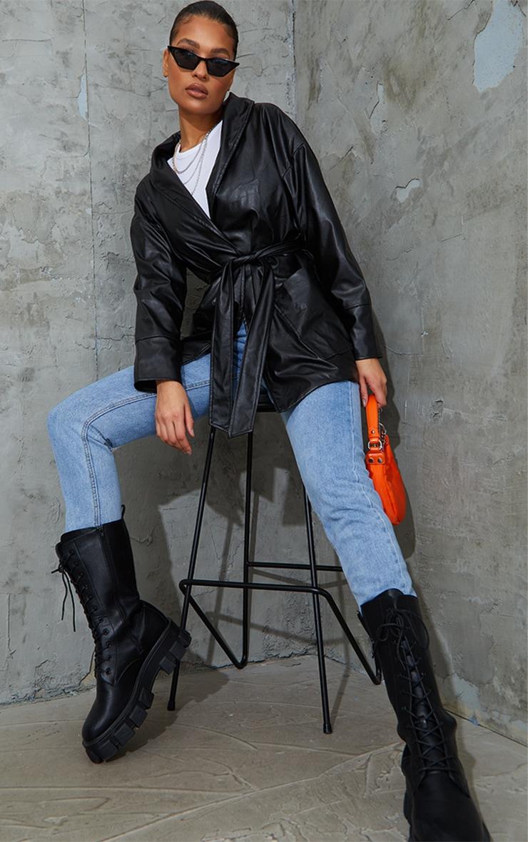 Veste longue en similicuir noir à ceinture 1