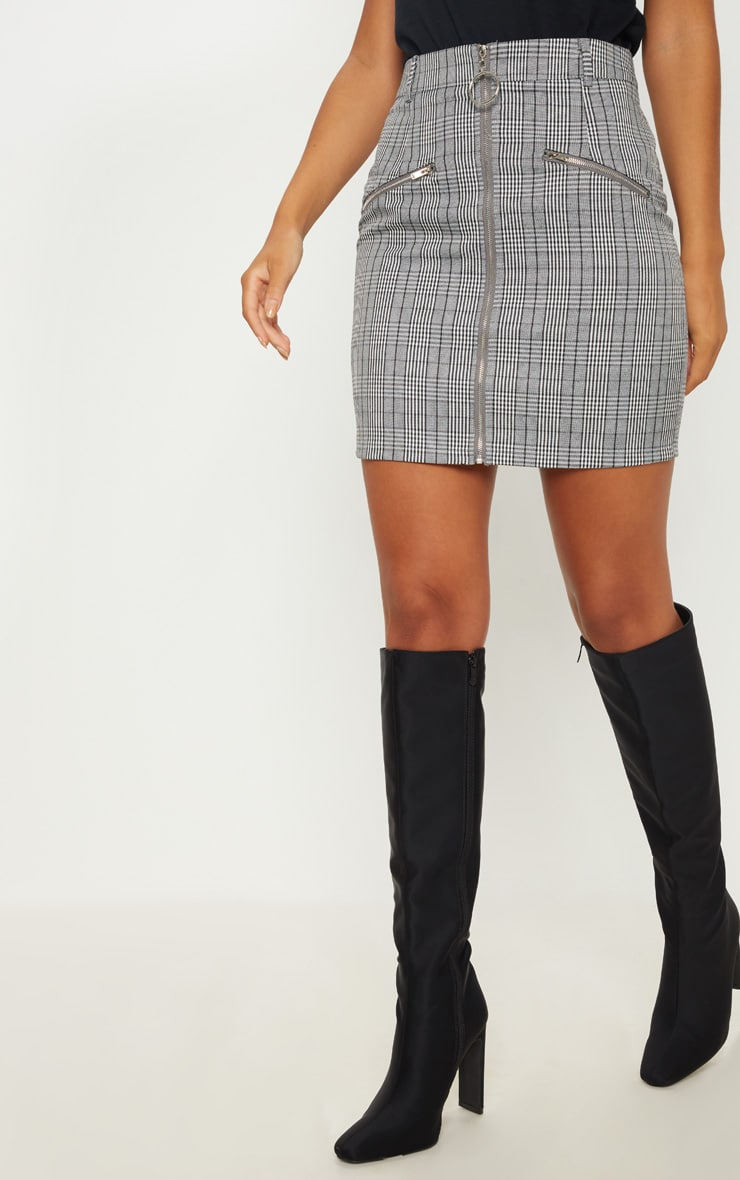 Monochrome Zip Front Check Mini Skirt 2