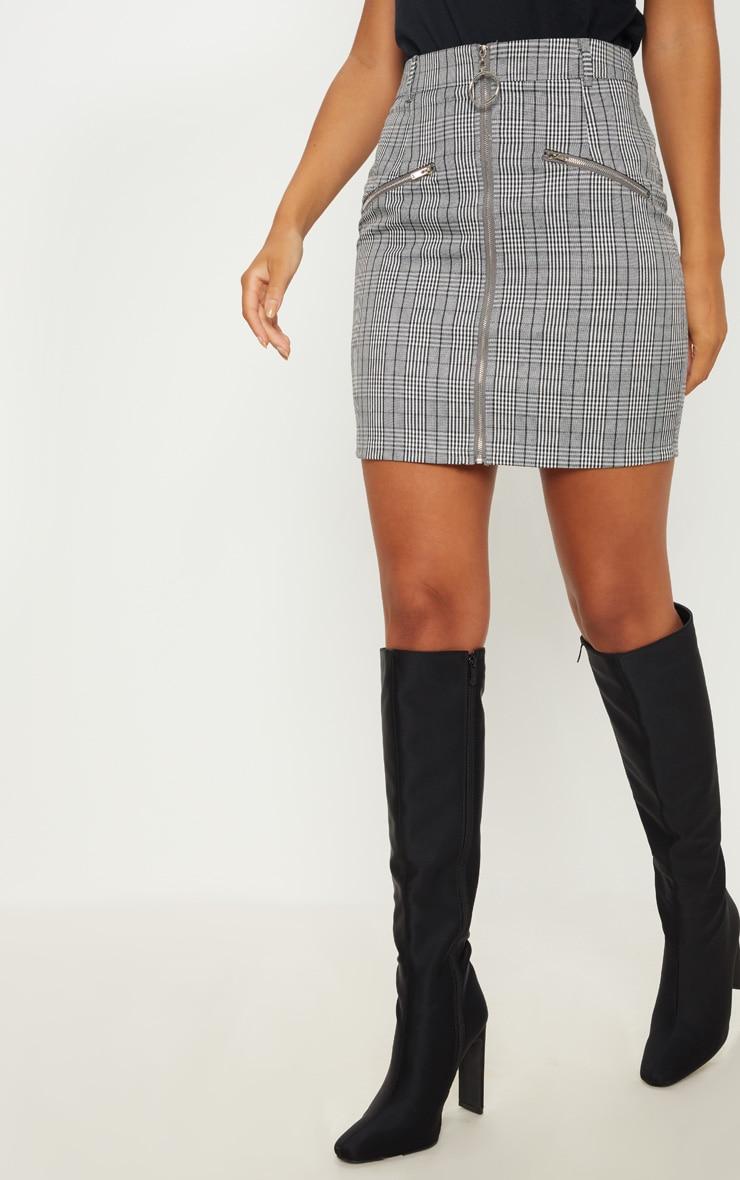 Mini-jupe grise à carreaux & zip frontal 2