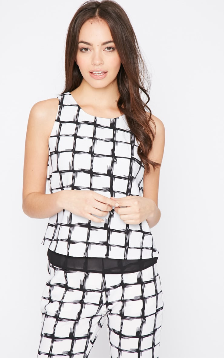 Catori White Checked Vest 4