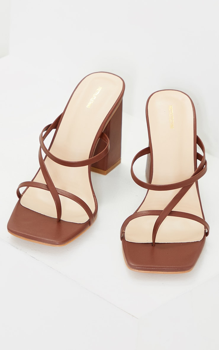 Chocolate PU Toe Loop Strappy Block Heeled Mules 3