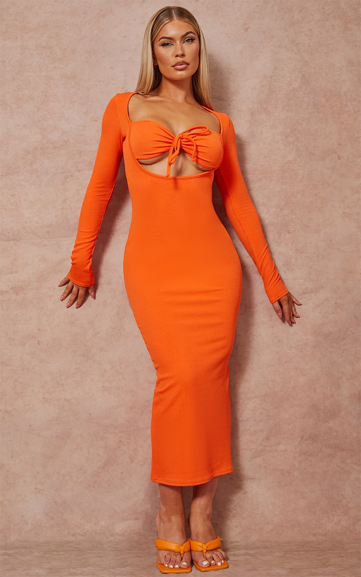 Robe longue orange côtélée à manches longues et buste noué 3