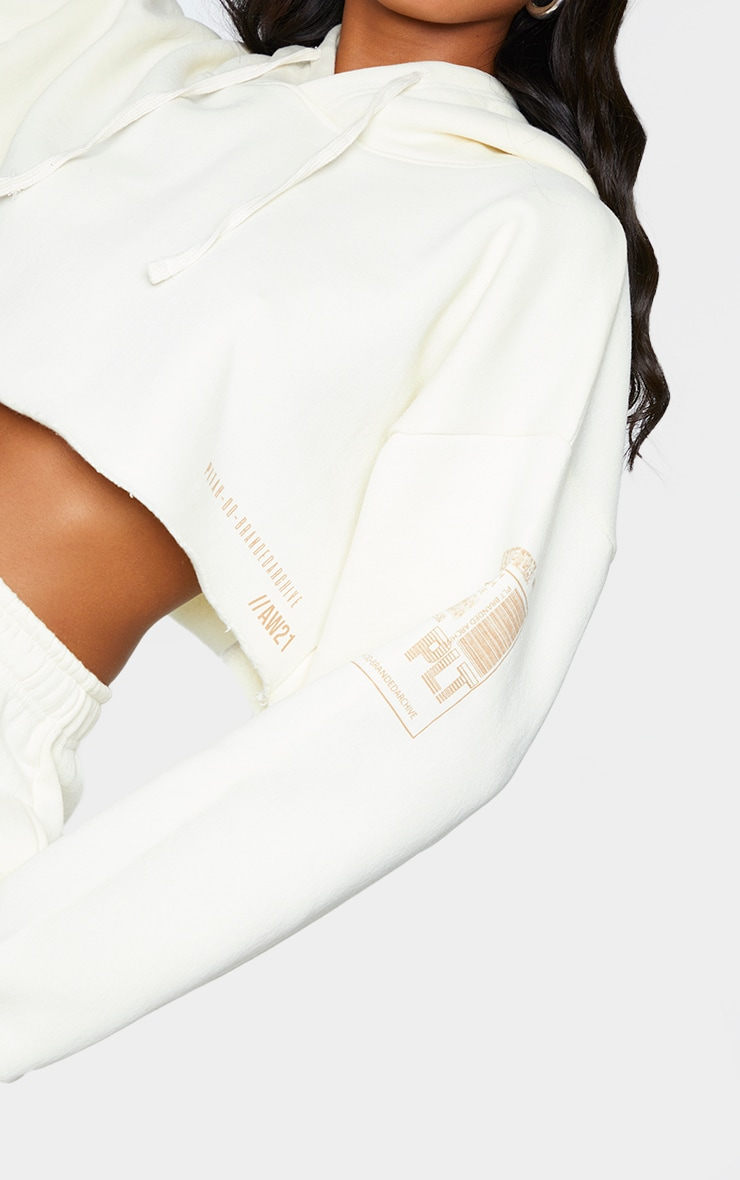 PRETTYLITTLETHING Cream Branded Archive Printed Cropped Hoodie 4