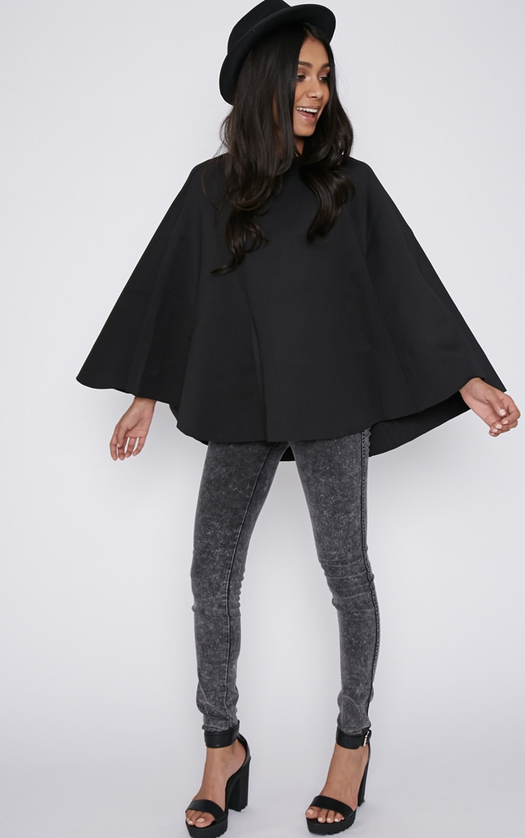 Dawn Black Cape  4