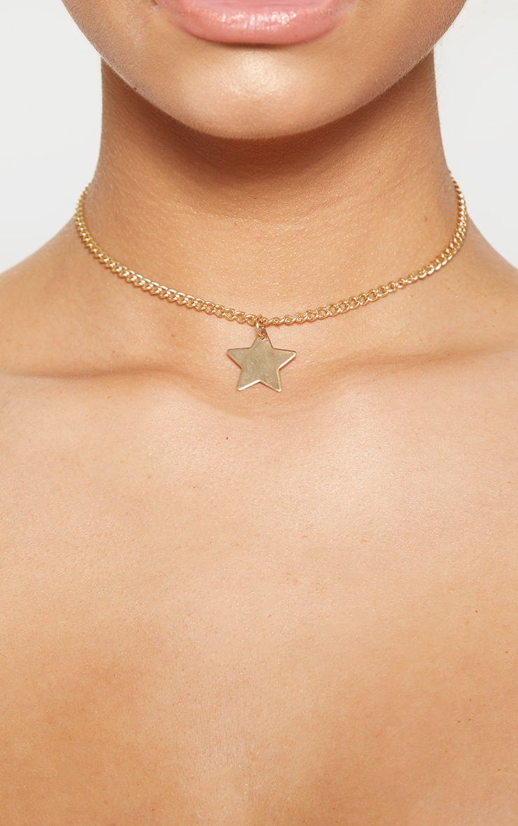 Gold Star Charm Choker Necklace 2