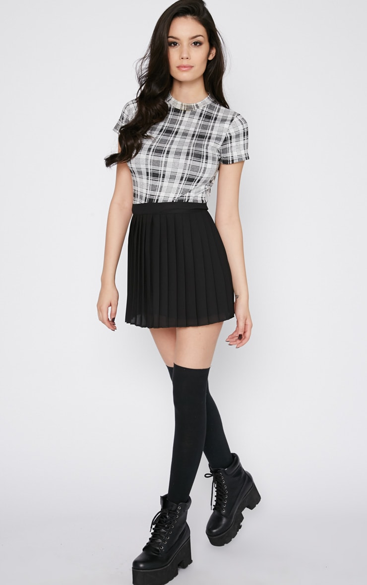 Sinopa Black Pleated Mini Skirt 3