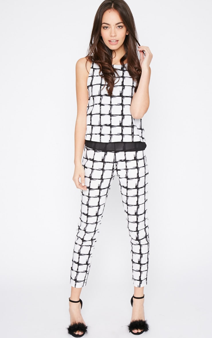 Catori White Checked Vest 3