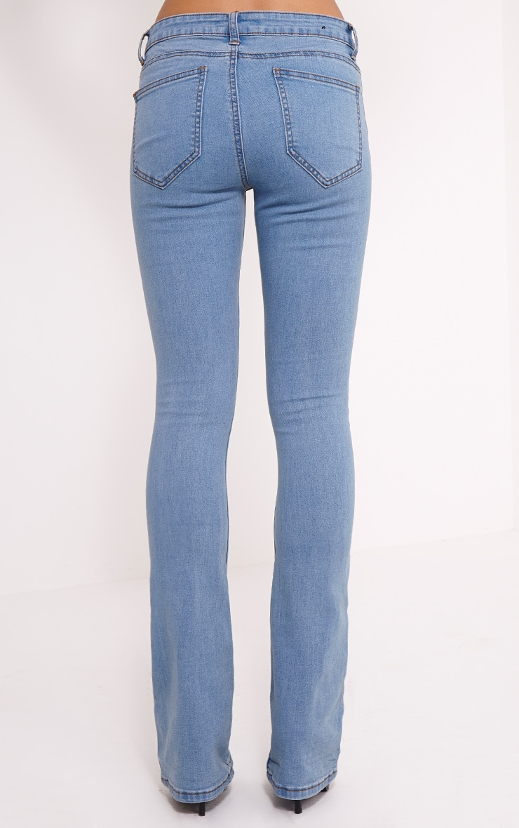Victoire Blue Mid Wash Flared Jean 4