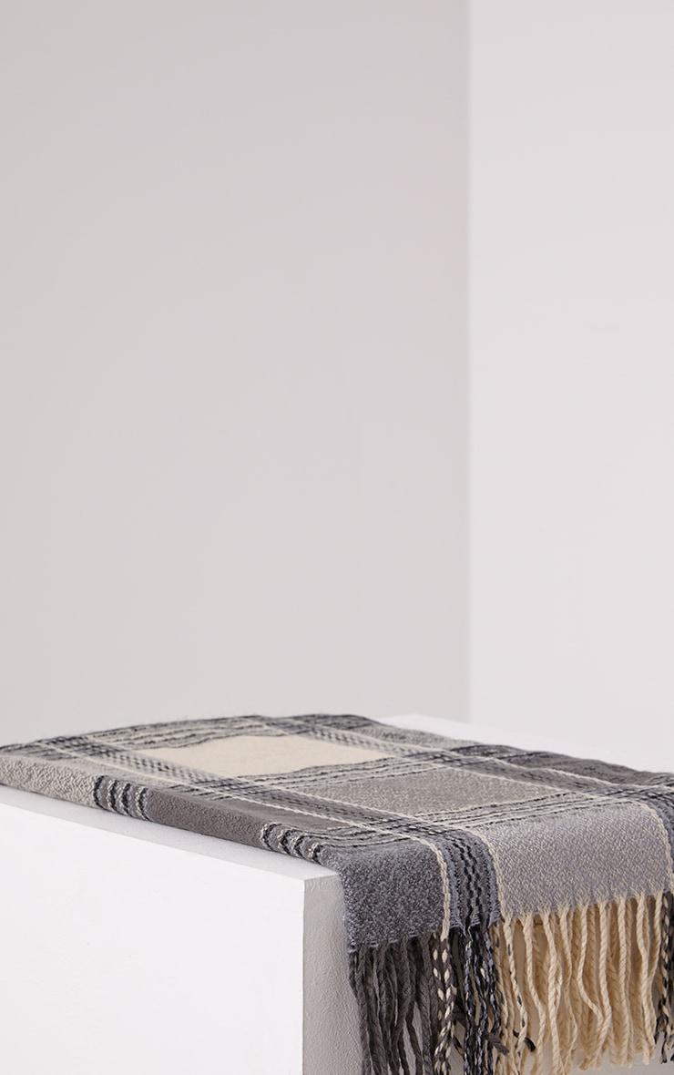 Shira Monochrome Oversized Check Scarf 2