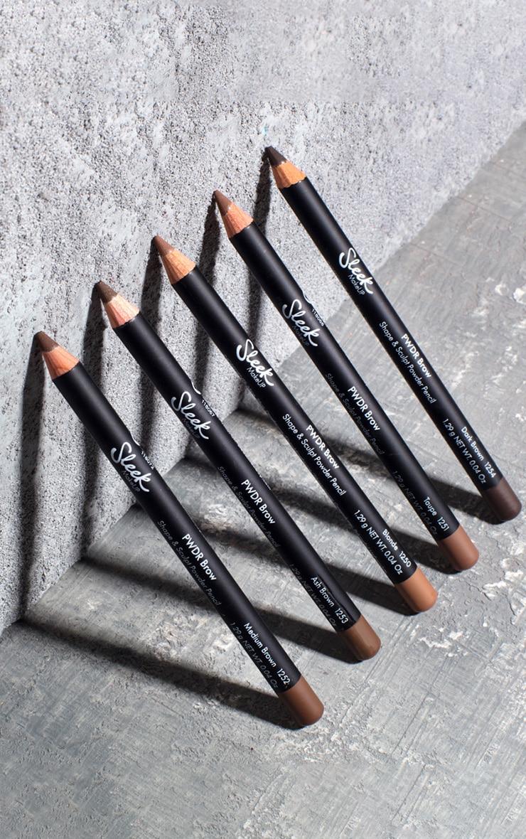 Sleek MakeUP PWDR Brow Pencil Medium Brown 4