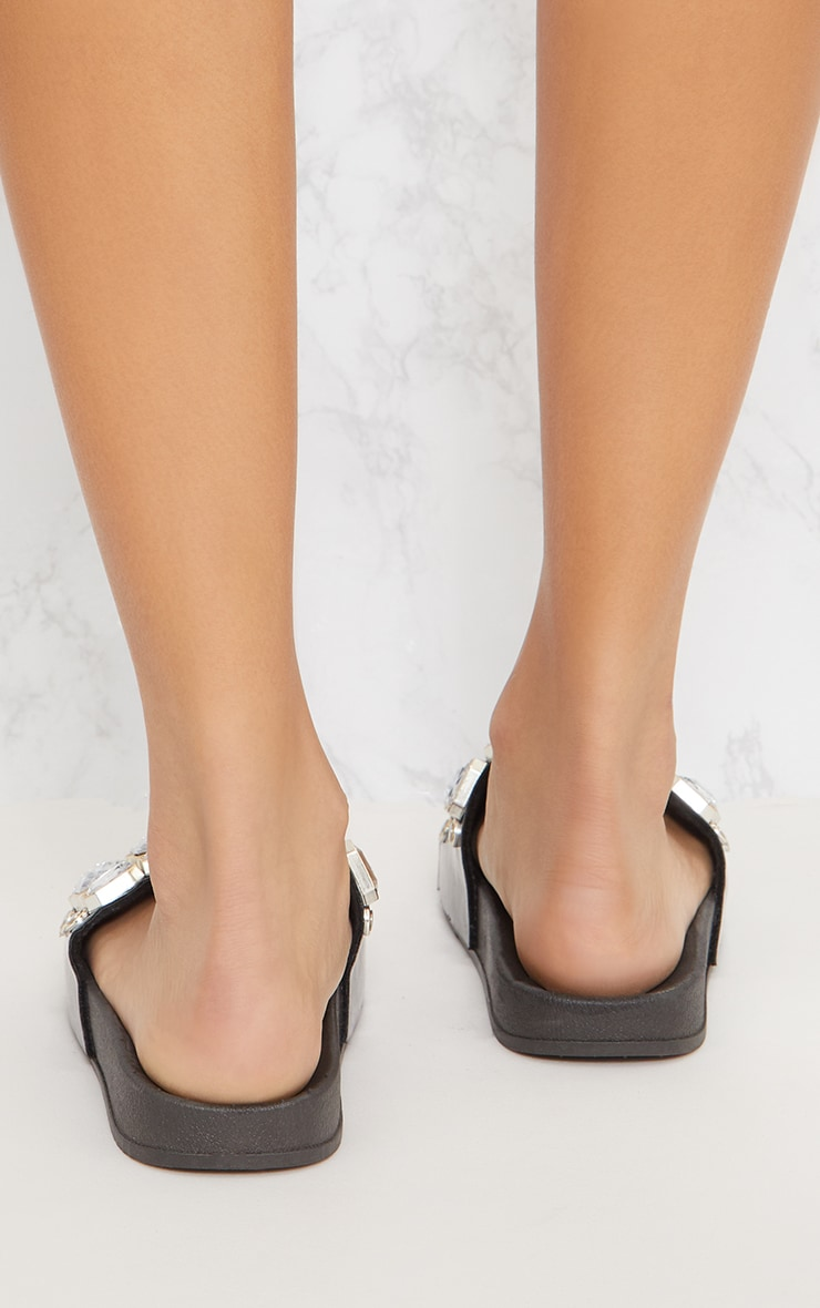 Black Jewel Slider 4