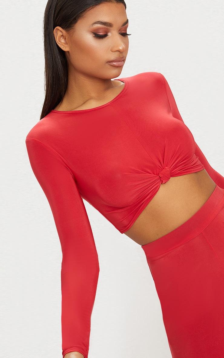 Crop top rouge à noeud frontal et manches longues 5