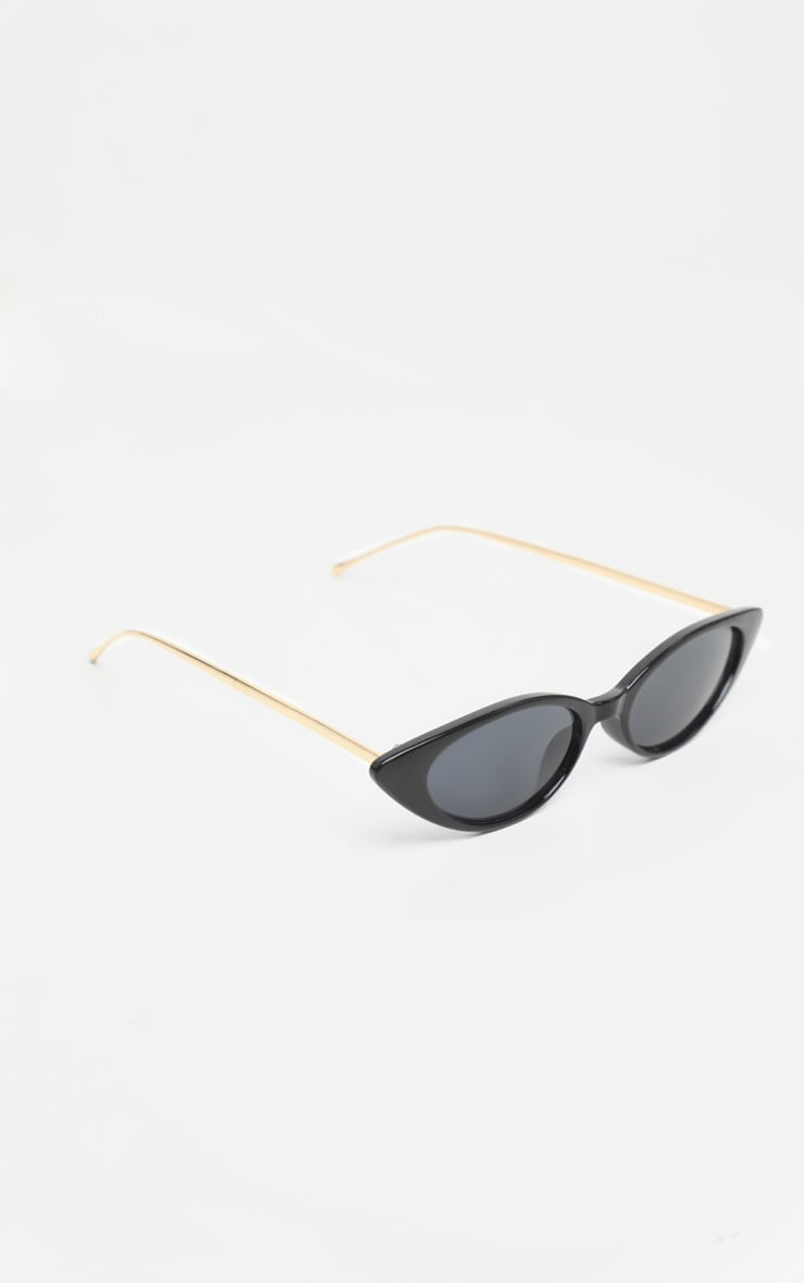 Black Cat Eye Retro Frame Sunglasses 3