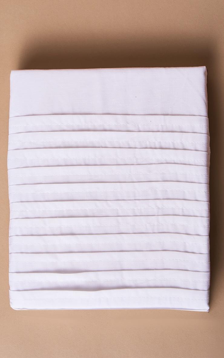 White Pintuck Double Duvet Set 4