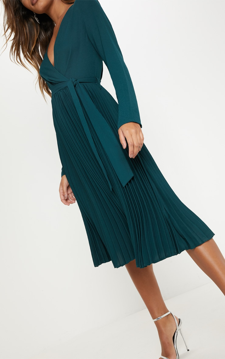 Emerald Green Long Sleeve Pleated Midi Dress 5