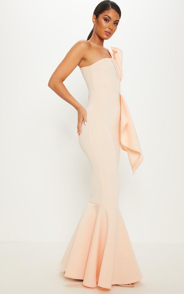 Robe longue plissée à manche unique et coupe sirène en néoprène nude 4