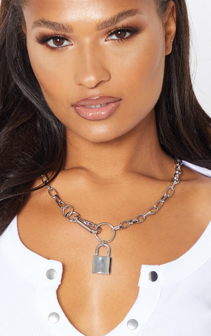 Silver Chunky Clasp And Padlock Chain Necklace 1