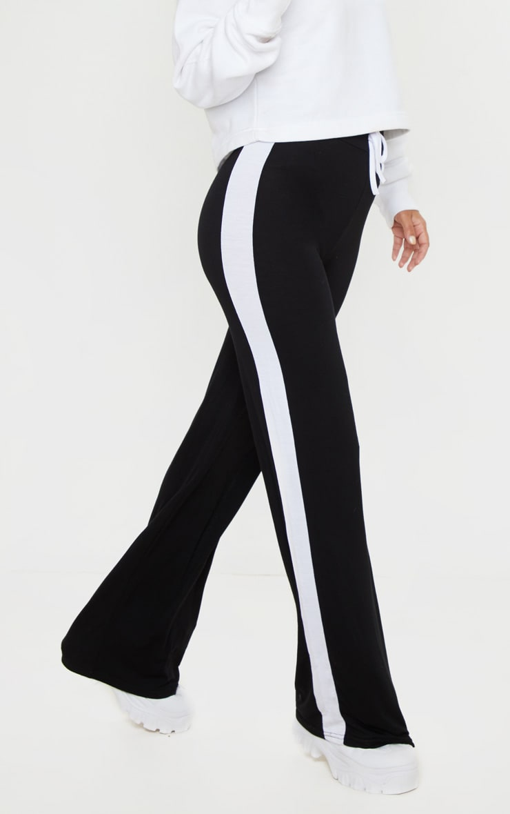Petite Black Wide Leg Side Stripe Trouser  2