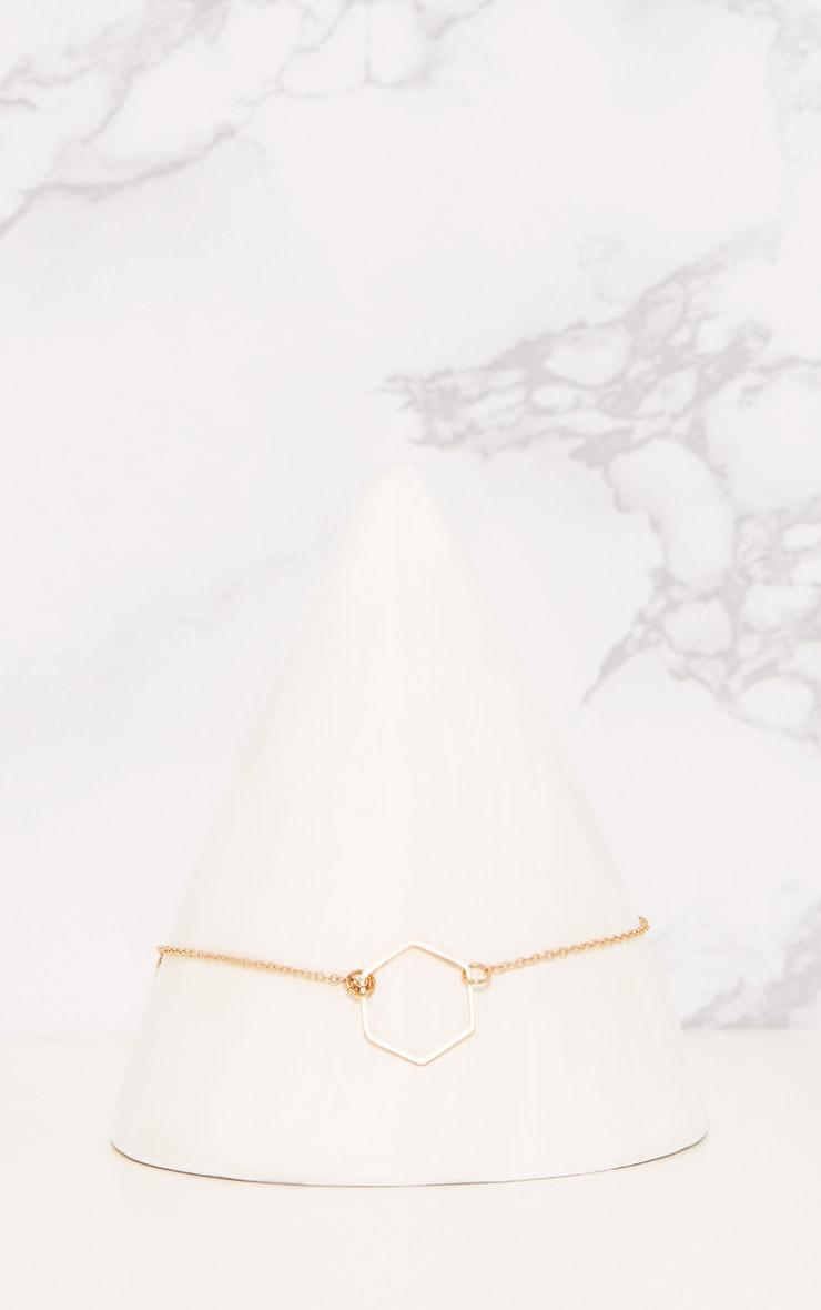 Ras-de-cou doré à chaîne fine et pendant hexagonal 2
