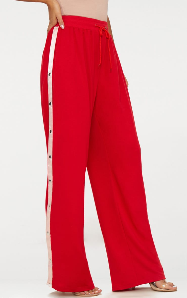Red Contrast Popper Joggers 2