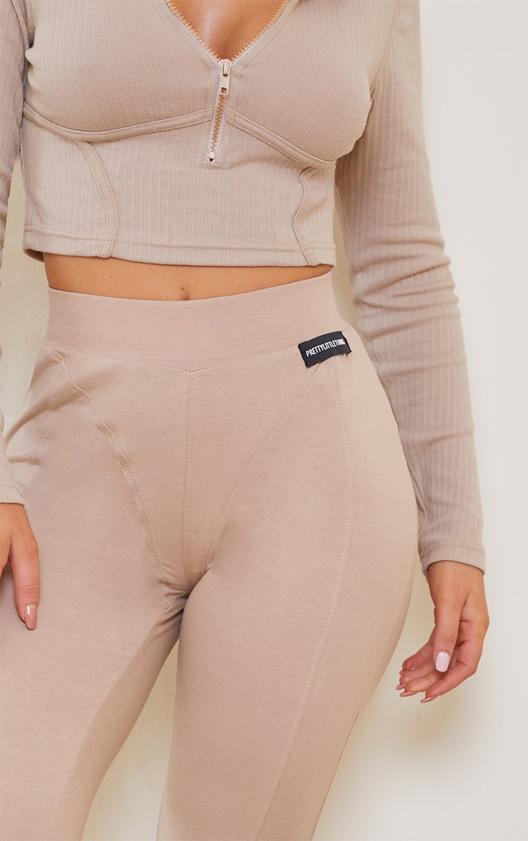 PRETTYLITTLETHING Stone Seam Detail Leggings 4