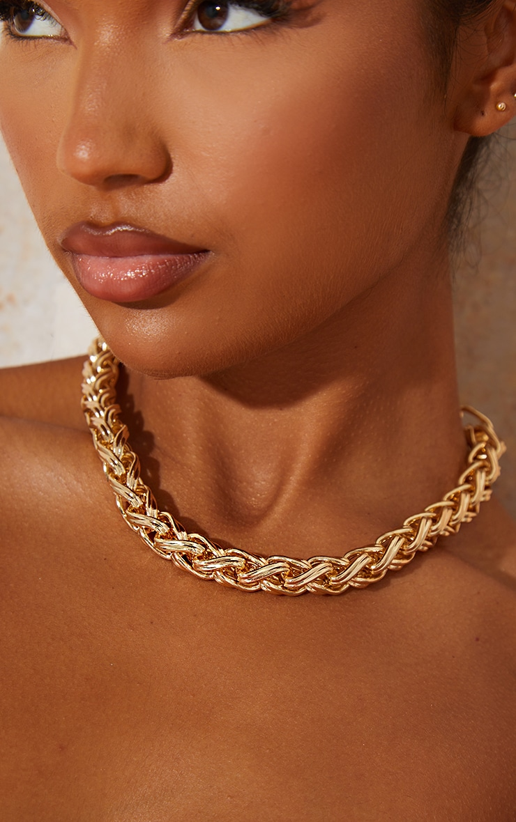 Gold Chunky Twist Chain Necklace 2