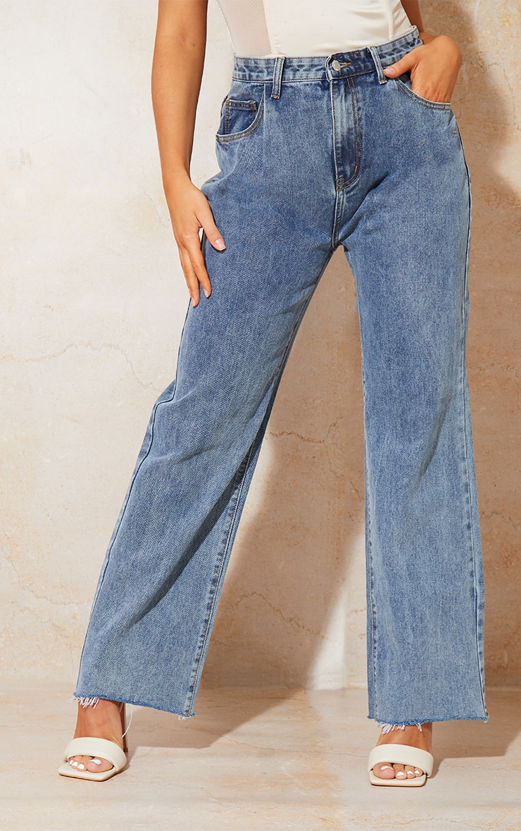 Vintage Wash Seam Pocket Detail Mom Jeans 2