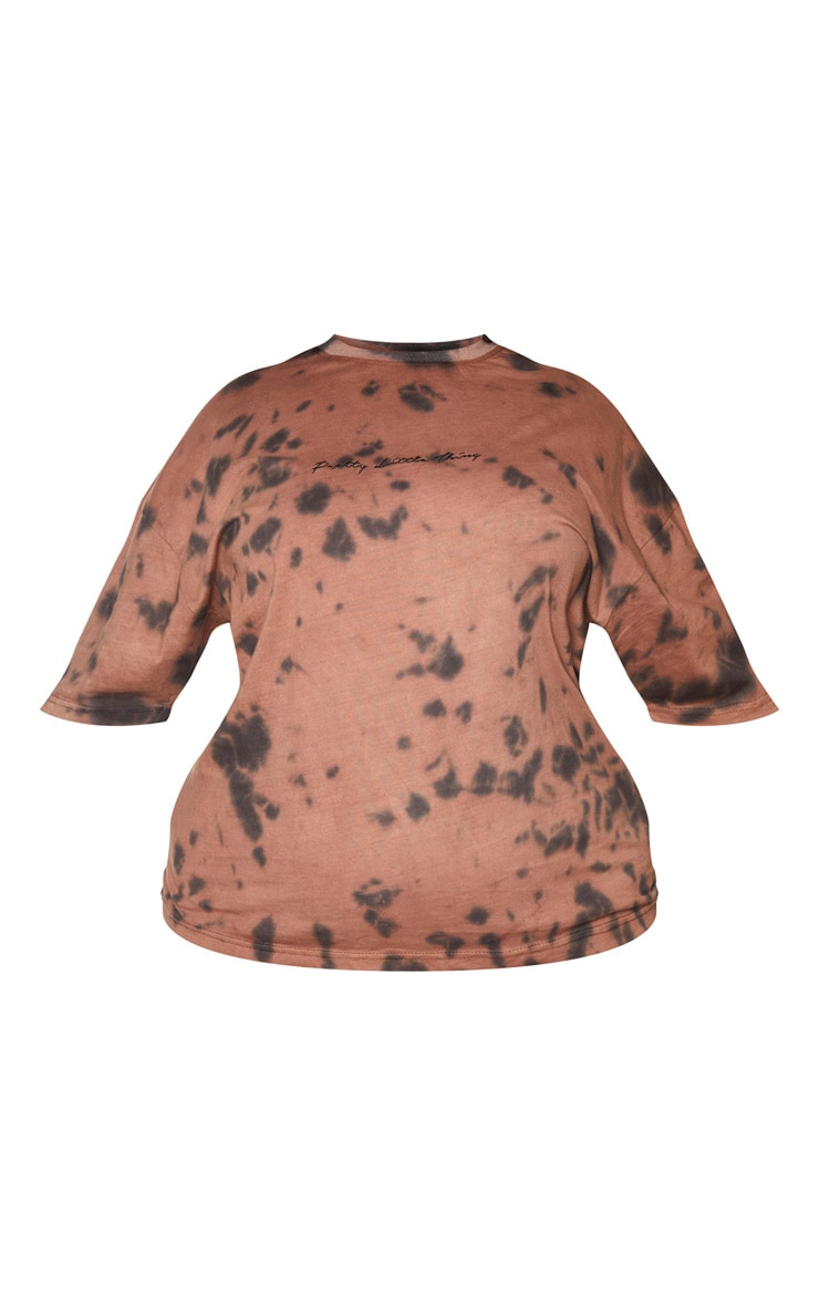PRETTYLITTLETHING Plus Brown Tie Dye Embroidered T-Shirt 5