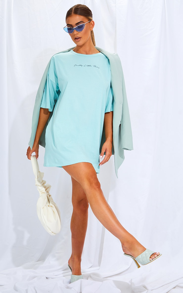 PRETTYLITTLETHING Mint Slogan Oversized Boyfriend T Shirt Dress 3