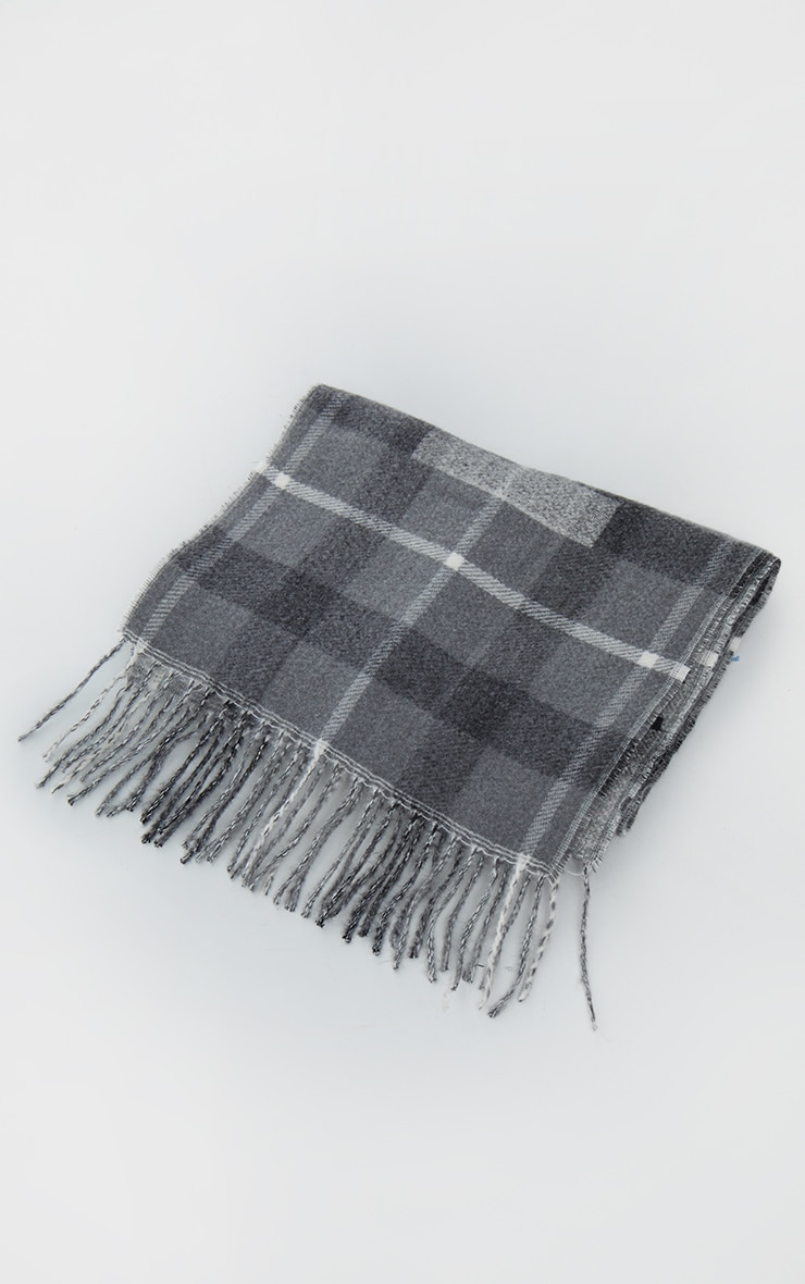 PRETTYLITTLETHING Black Slogan Check Scarf 2