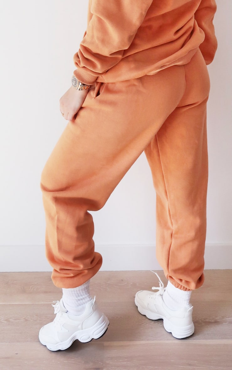 PRETTYLITTLETHING Chestnut Embroidered Graphic Joggers 3