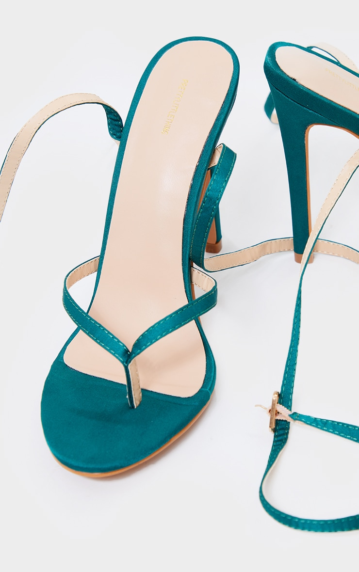 Emerald Green Satin Toe Thong Cross Over Strap High Heels 3