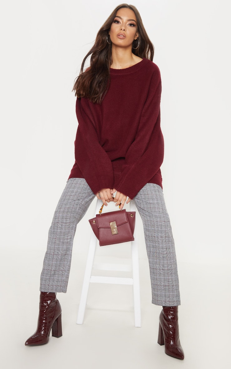 Maroon Knitted Sweater  1