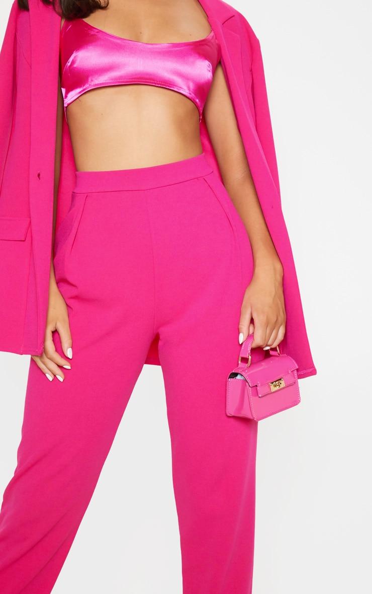 Pantalon cigarette en crêpe rose  5