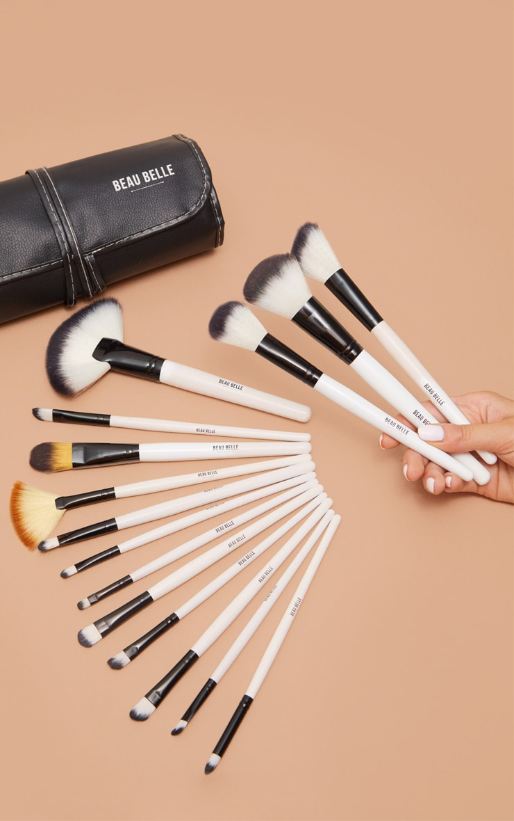 Beau Belle Brushes 36 Piece Mono Set 1