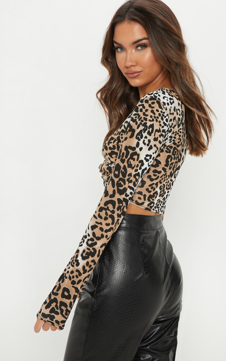 Brown Leopard Printed Twist Front Long Sleeve Crop Top 2