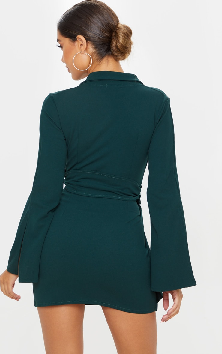 Emerald Green Oversized Ring Detail Blazer Dress 2