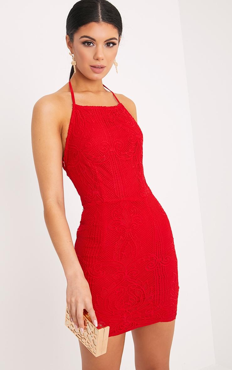 Sassia robe en dentelle rouge à bretelles et dos nu 1