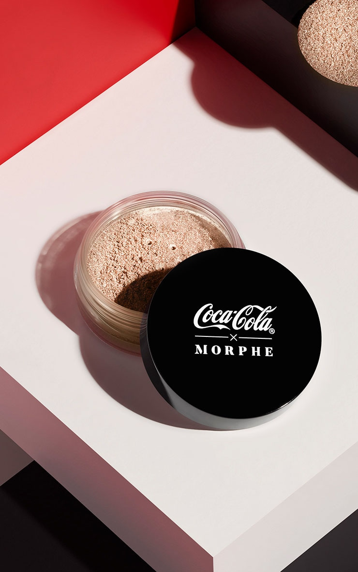 Coca-Cola X Morphe Glowing Places Loose Highlighter Bubbly Babe 1