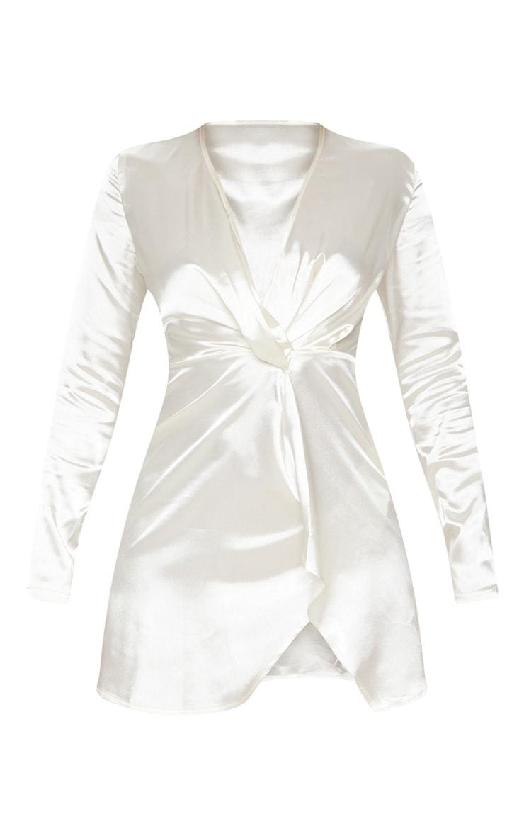 Robe moulante blanche à décolleté plongeant et effet torsadé 4