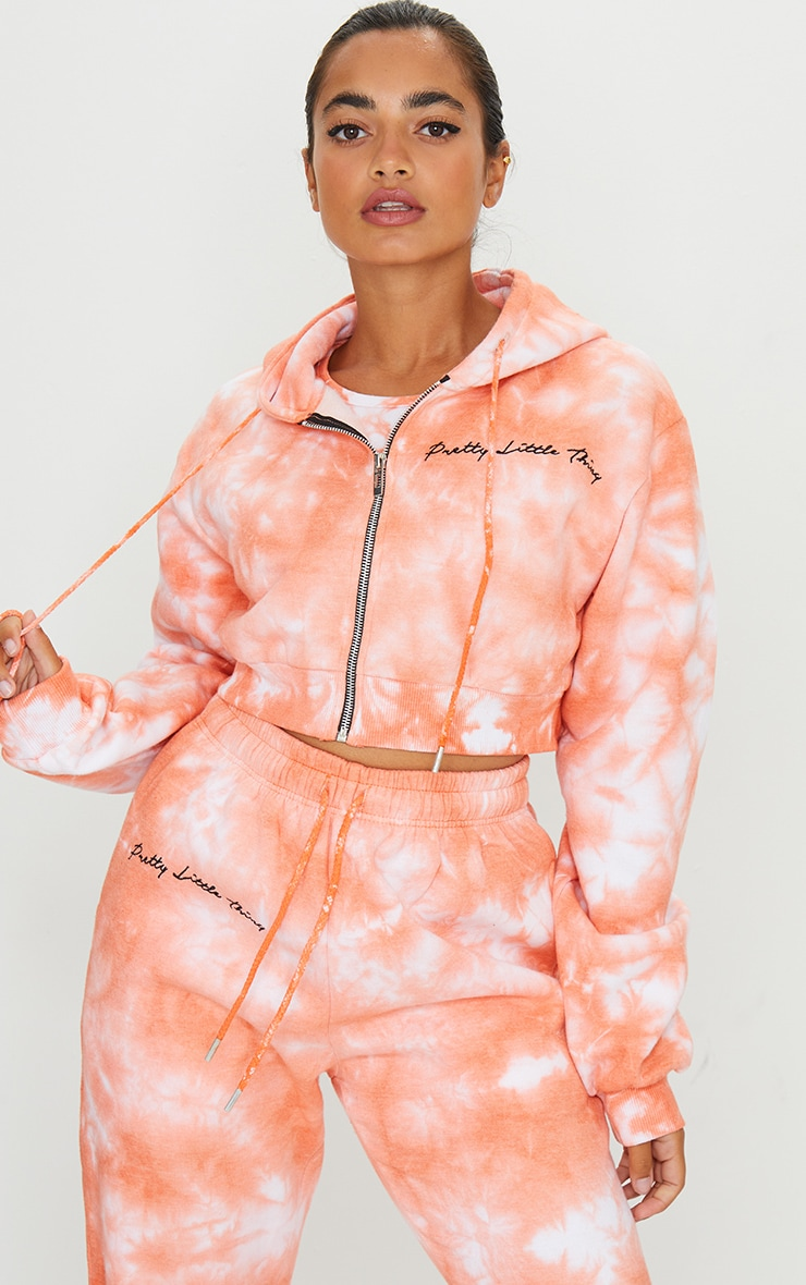 PRETTYLITTLETHING Petite Orange Tie Dye Cropped Embroidered Zip Hoodie 1