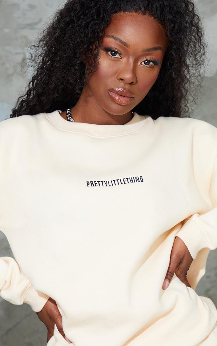 PRETTYLITTLETHING Ecru Embroidered LoungeSweatshirt 4