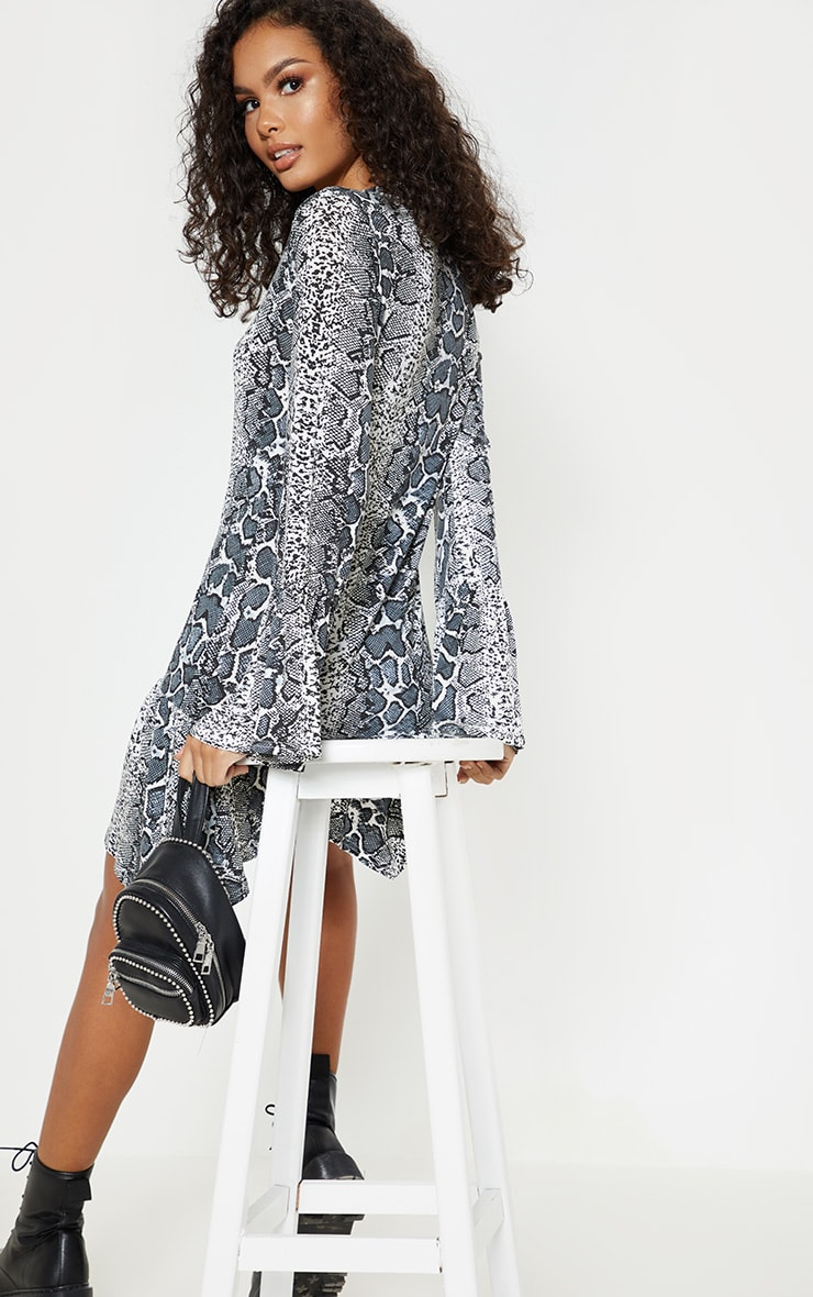 Grey Snake Print Key Hole Smock Dress 2