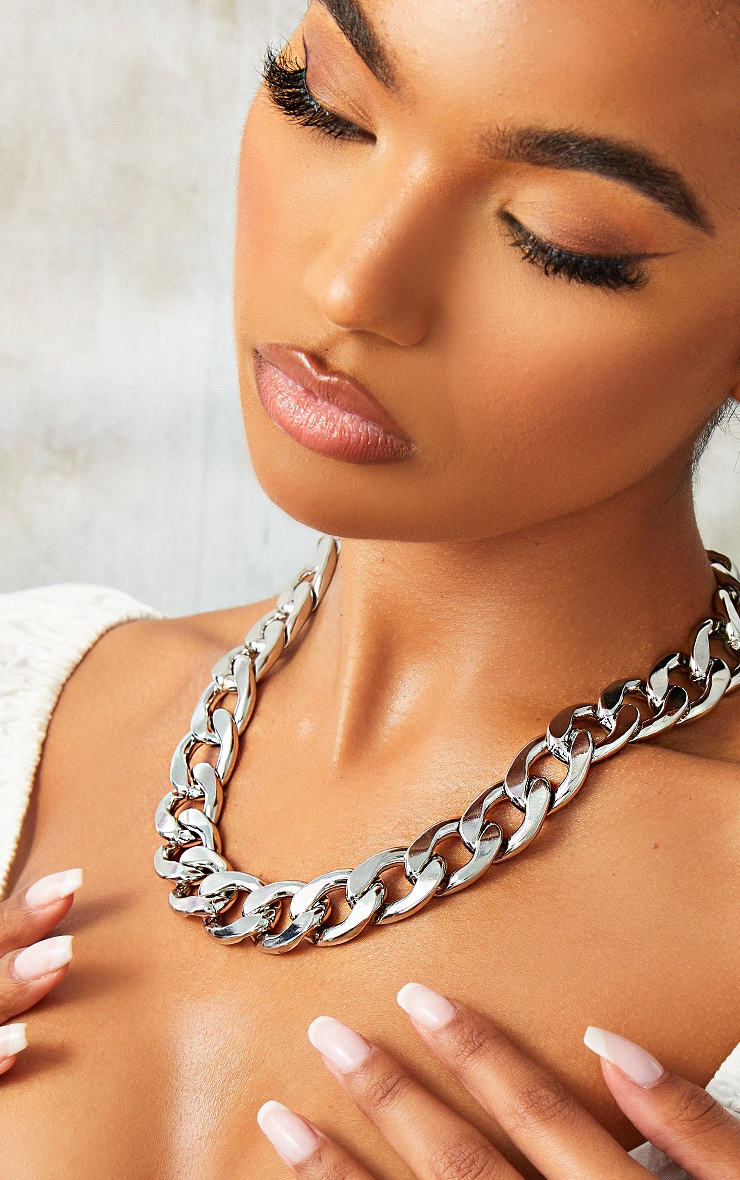 Silver Oversized Statement Curb Chain Necklace 1