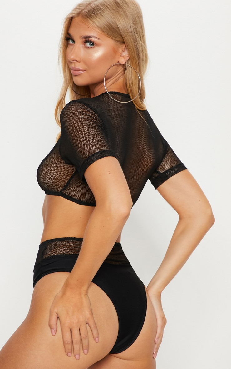 Black Minimal Cover Mesh Short Sleeve Bikini Top 2