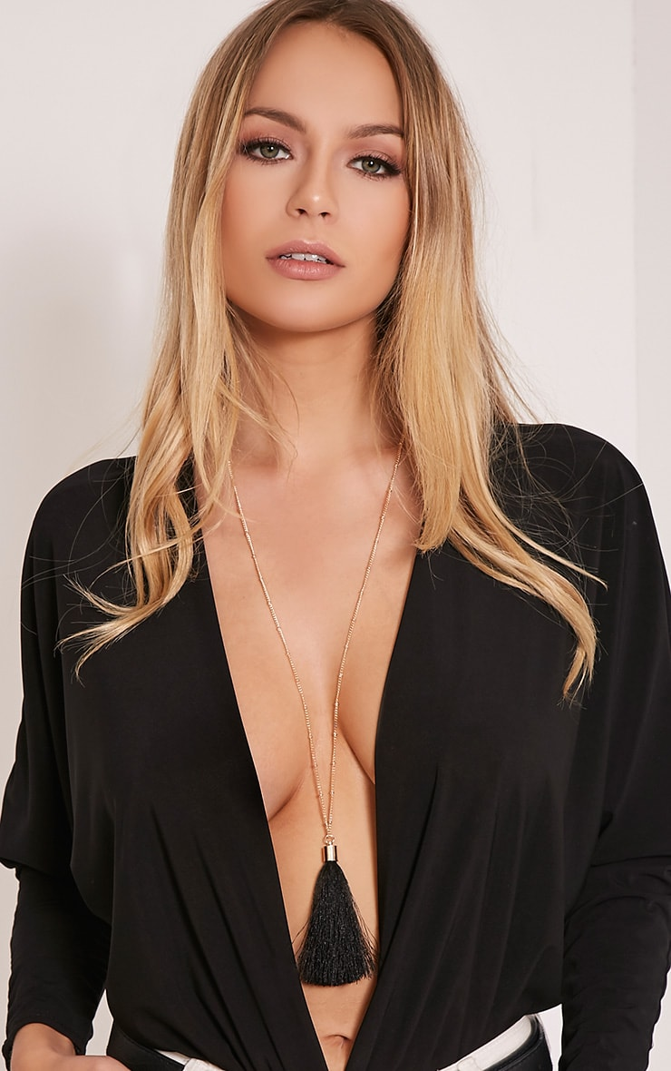 Belle Black Long Tassel Chain Necklace 1