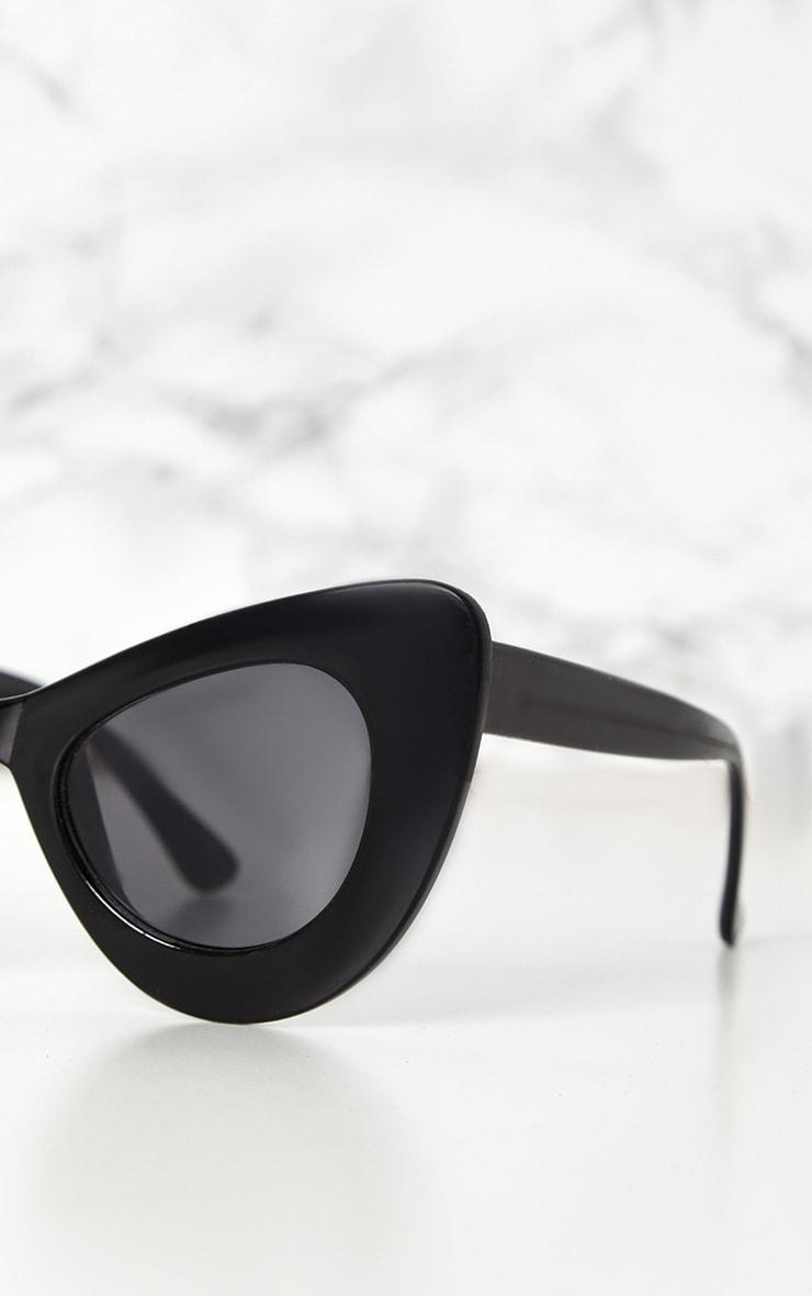 Black Mega Cat Eye Sunglasses 3