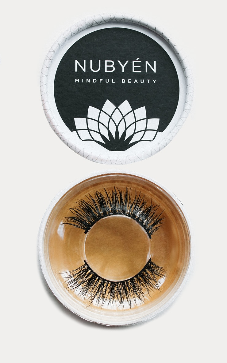 Nubyen Tribal Silk Eyelashes 1